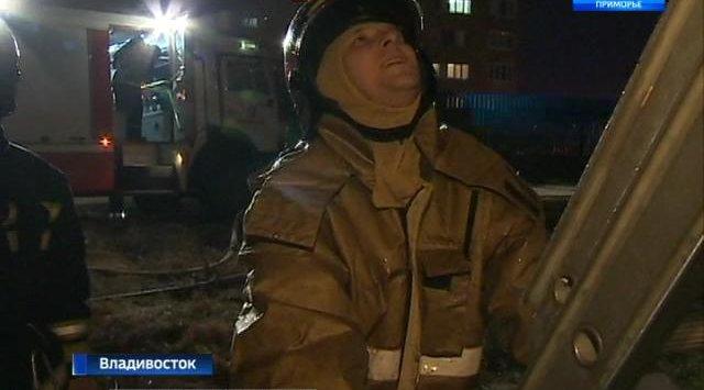 Огнеборцы Владивостока потушили лифт в доме на Некрасовской