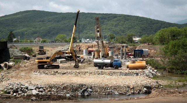 Строители моста в Новолитовске приступили к новому этапу работ